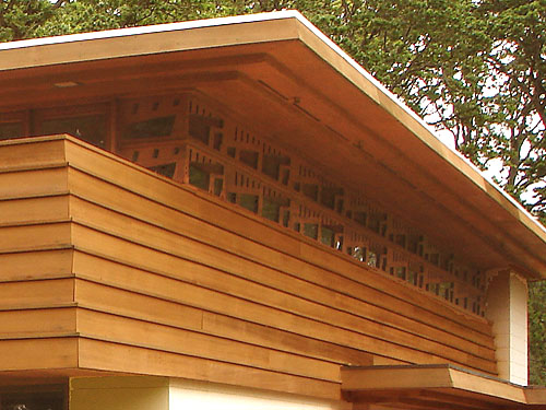 Frank lloyd wright for Horizontal cedar siding