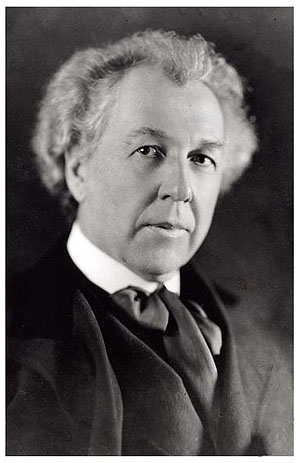 Wright at 59. Frank Lloyd Wright Portrait ...